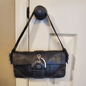 Like New!! Coach Shoulder Bag